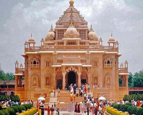 Dwarka – Somnath – Diu – Sasangir Tour