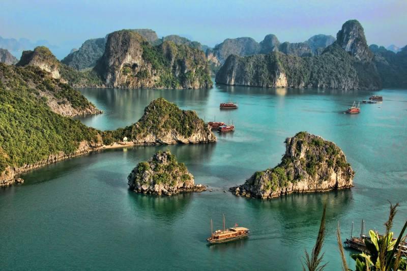 Vietnam Hanoi Halong Package