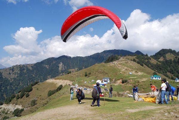 Himachal Pradesh Paragliding Trip Tour