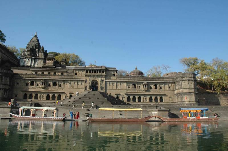 Indore To Omkareshwar Maheshwar Darshan Tour