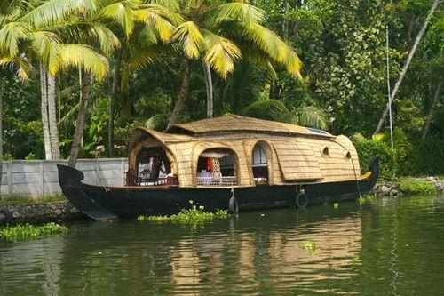 Exotic Kerala Tour Package 4 Days