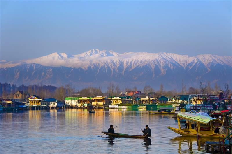 Kashmir Package 5 Nights 6 Days