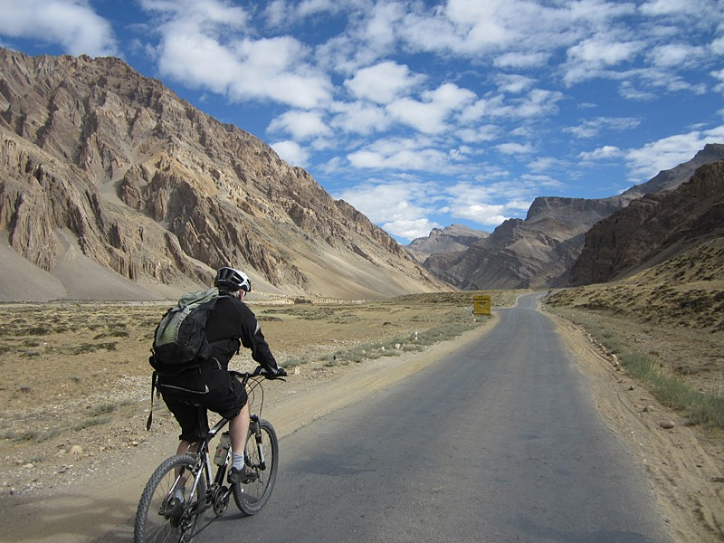Manali – Leh Cycling Tour
