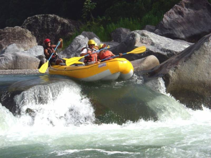 Rafting In Rishikesh-Shivpuri To Laxmanjhula Tour