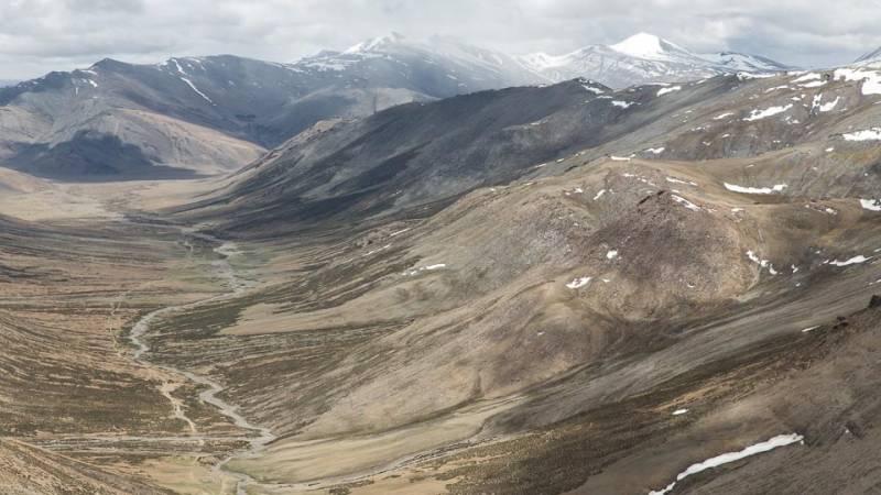 Hemis National Park Trekking Tour