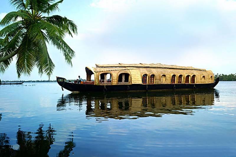 09 Nights  10 Days Enchanting Kerala Tour Package
