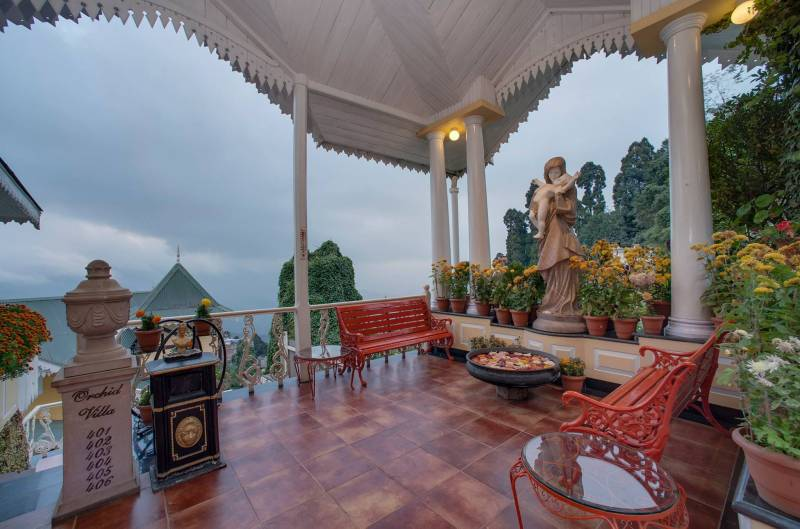 Luxurious Getaway To Darjeeling