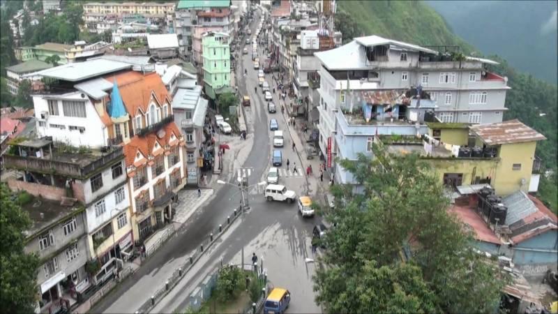 Bagdogra, Darjeeling, Gangtok, Yumthang, Kalimpong & Pelling Tour