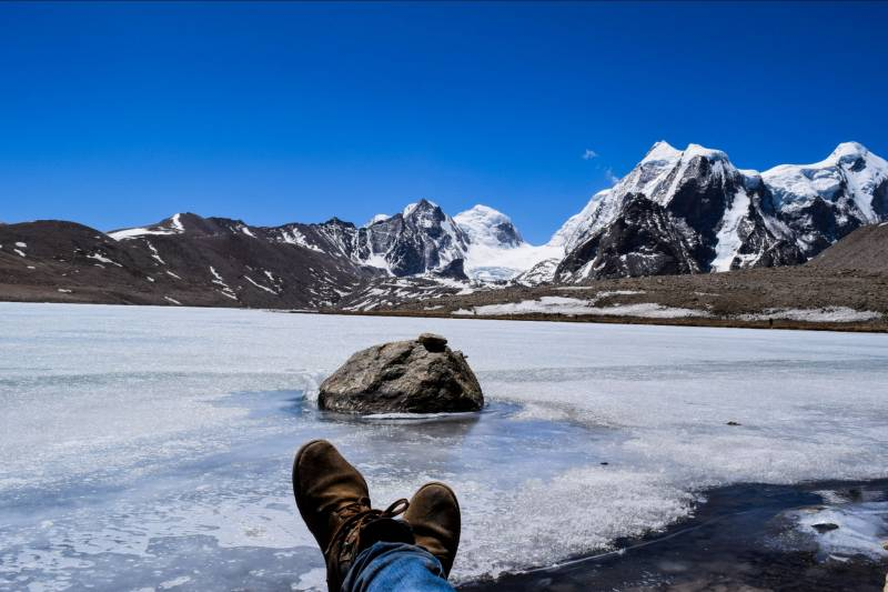 Chanshal Pass Saru LakeTour