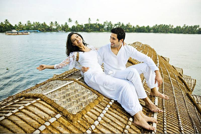 Honeymoon Kerala Package