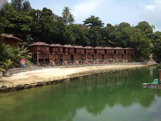 2D/1N Villa Getaway Package