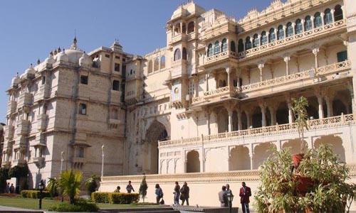 Rajasthan Forts & Palace Tour