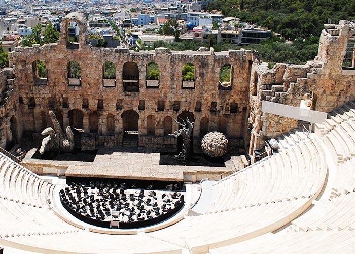 Athens City Break + Mini Cruise + Delphi Tour