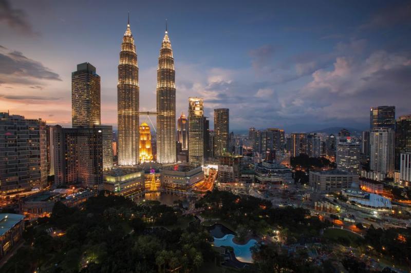 Putrajaya, Petronas Twin Tower, Kuala Lumpur Chinatown And Malaysia Cultural Show With Dinner Tour