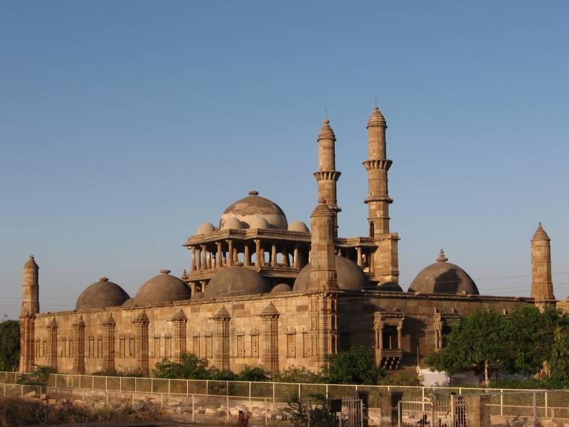 Mumbai - Ahmedabad - Wakaner - Gir - Palitana - Bhavnagar Package