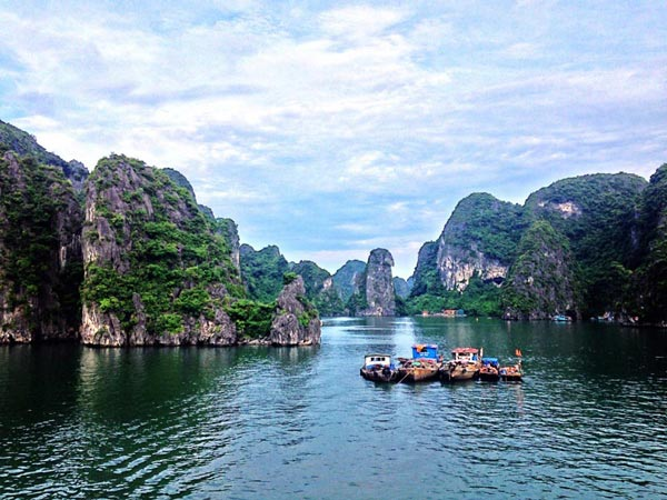 Highlights Of Vietnam & Cambodia Tour