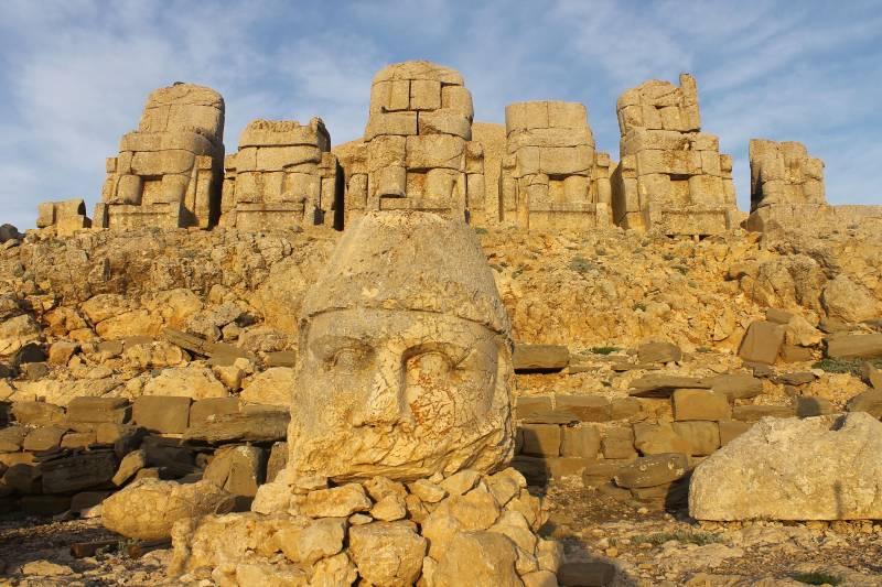 12 Days Istanbul Pamukkale Ephesus Cappadocia Mt Nemrut & Urfa By Plane Package