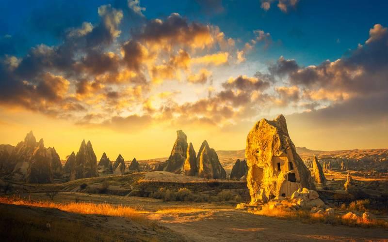 8 Days Istanbul Cappadocia Ephesus By Plane Tour Package