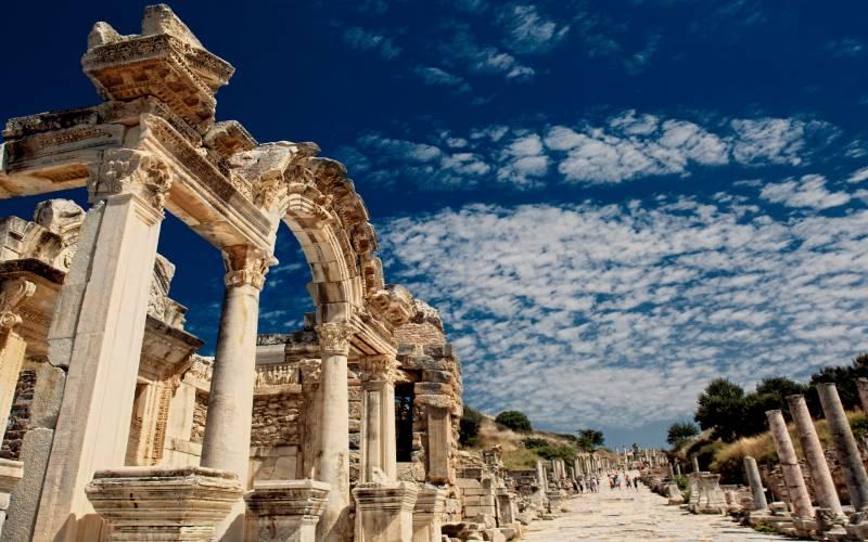 6 Days Ankara, Cappadocia, Pamukkale, Ephesus, Istanbul By Bus By Plane Tour