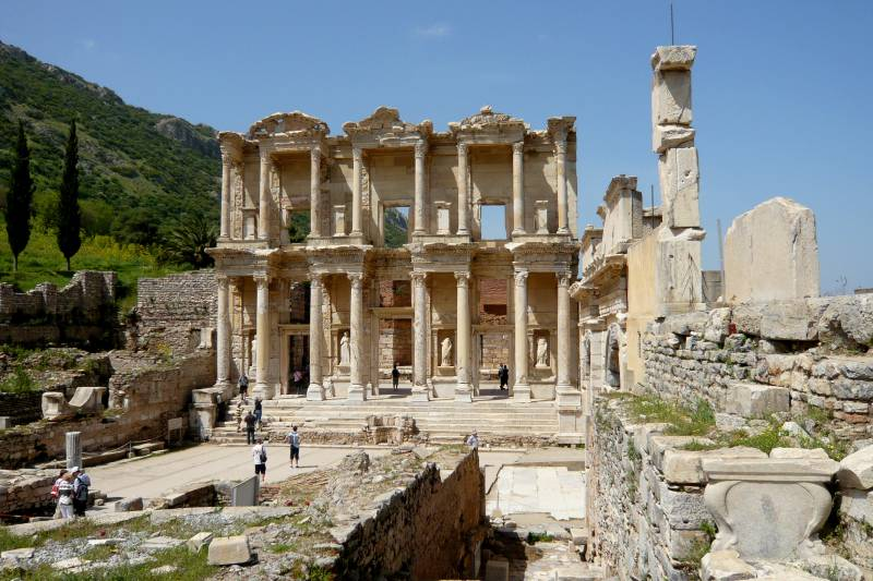 7 Days Istanbul Gallipoli Troy Ephesus Bodrum By Bus By Plane Tour