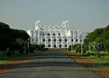 Amazing Tour Of Madhya Pradesh