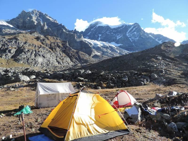 Manali Trekking Tour Package