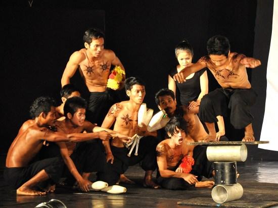 Cambodian Circus In Siem Reap Tour