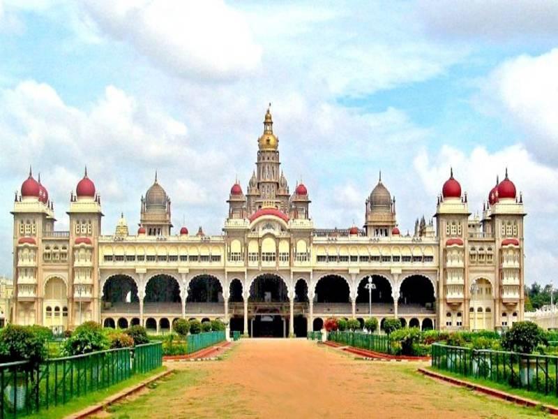 1 N Mysore, 2 N Ooty Package