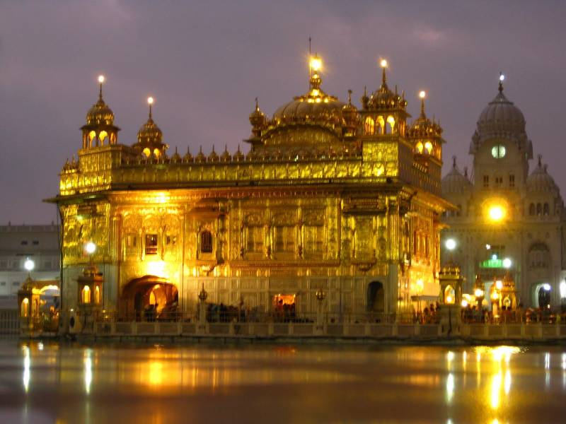 AMRITSAR( GOLDEN TEMPLE) – DALHOUSIE-DHARAMSHALA-CHANDIGARH TOUR