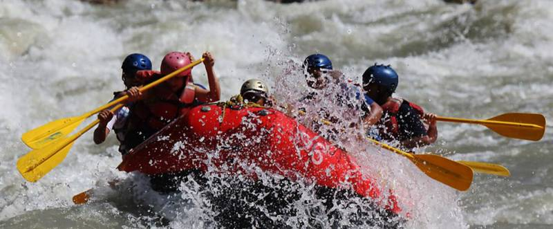 Weekend Rafting Fun In Rishikesh
