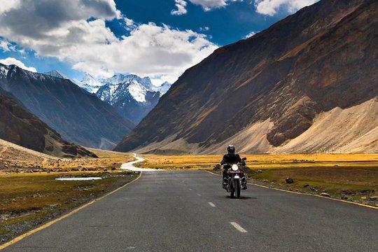 Laddakh Via Srinagar : A Fantastic Trip (8N-9D)