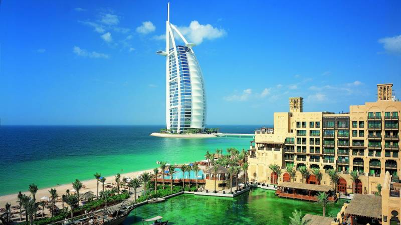 4 Nights/5 Days Dubai Tour