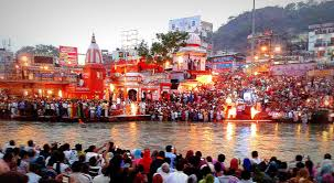 Book 8 Seater Tevera For Chardham Yatra 50000/- Only Non Ac