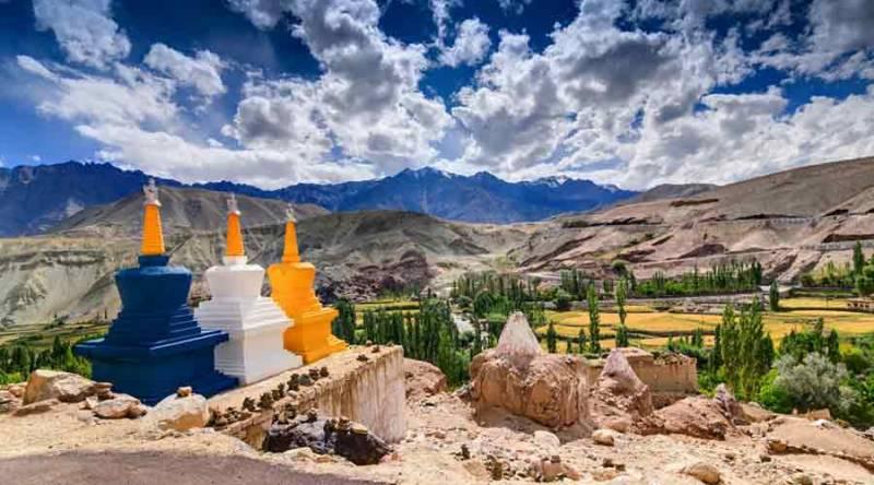 Srinagar Leh Ladakh Tour 8 Nights / 9 Days