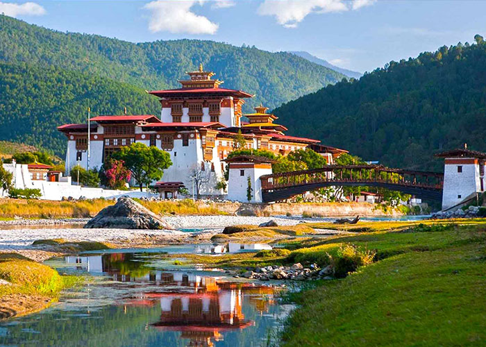 Explore Bhutan 7 Nights / 8 Days