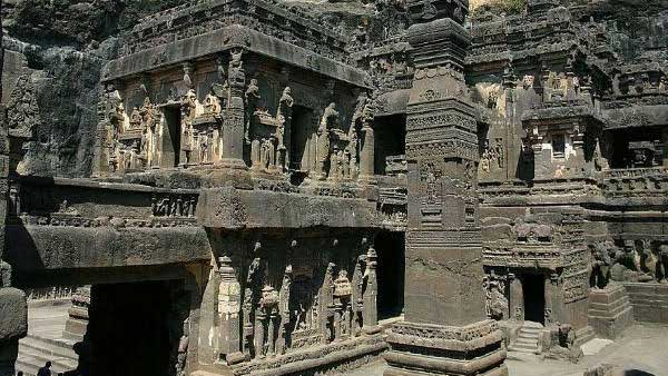 Best Weekend Ellora Ajanta Aurangabad Tour 2 Nights / 3 Days