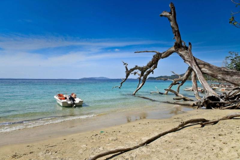 Andaman Beach Package 4 Night /  5 Days