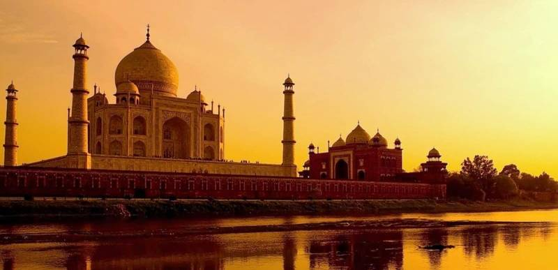 Agra Tour Package 1 Nights 2 Days