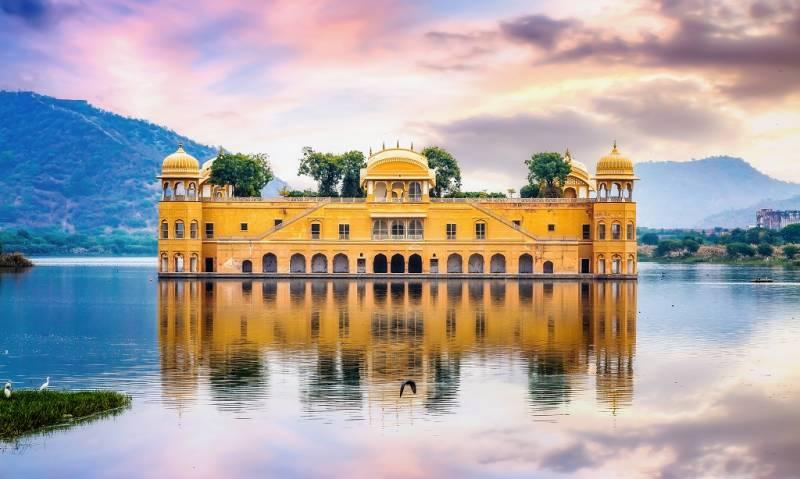 4 Nights 5 Days Jaipur - Udaipur Tour Package