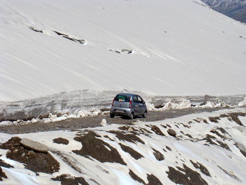 Chandigarh - Shimla - Sangla - Kalpa - Kullu - Manali - Rohtangpass - Manikaran Tour