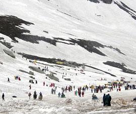 Vaishno Devi - Srinagar - Pahalgam - Sonmarg - Gulmarg Tour