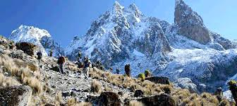 6 Days Mount Kenya Climbing Naromoru Out Chogoria Tour