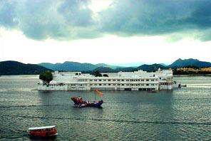 Triveni & Udaipur Tour