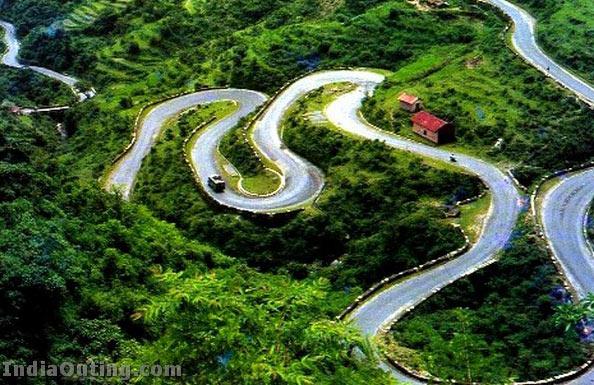Delhi - Mussoorie - Ranikhet - Kausani - Nainital Tour