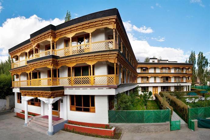 Hotel Caravan Centre, Ladakh J&K India Tour