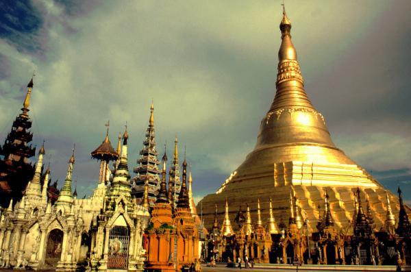 Wonder Myanmar Tour