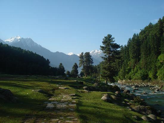 Kashmir Package 4 Nights / 5 Days