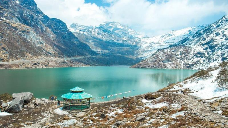 Family Tour Package Of Darjeeling & Sikkim