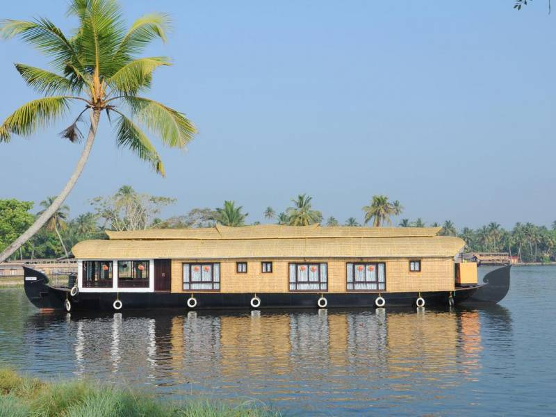 7 Nights 8 Days Premium Kerala Tours For Families