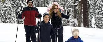 Kashmir Family Tour Package